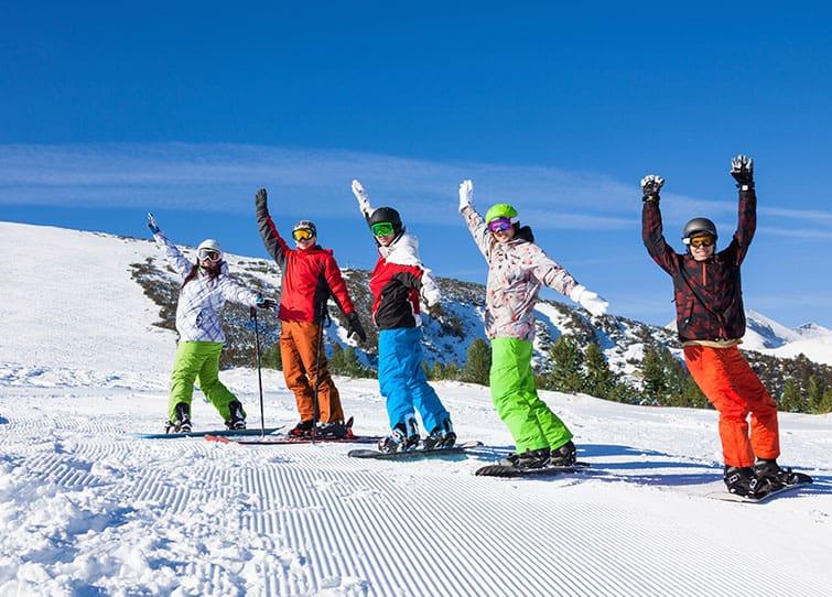 snowboarder package austria